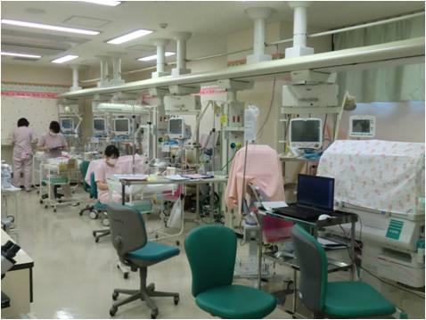 未熟児集中治療室(NICU)